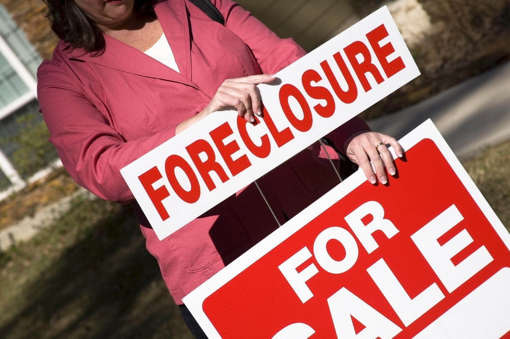 Foreclosures in Real Estate Market